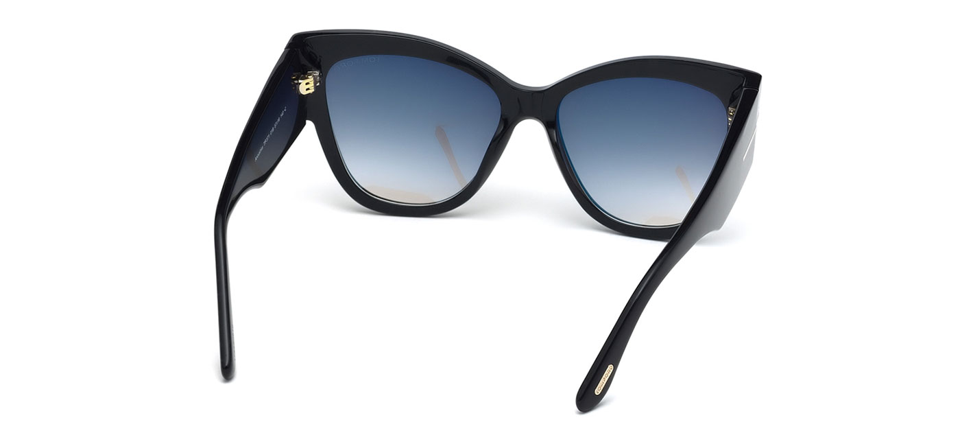 7e0600b516c Tom Ford FT0371 Anoushka Sunglasses. Frame  Shiny Black. Lens  Gradient  Smoke
